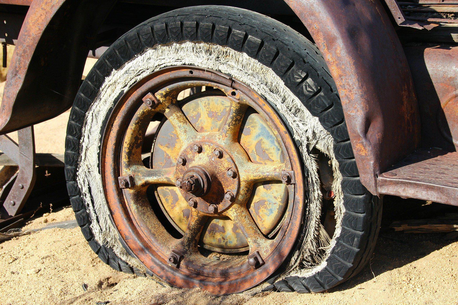 uszkodzone koło